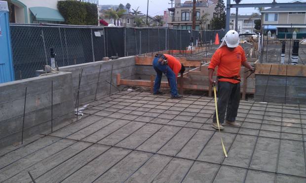 Slab Re-Bar at 3512 Marcus Avenue